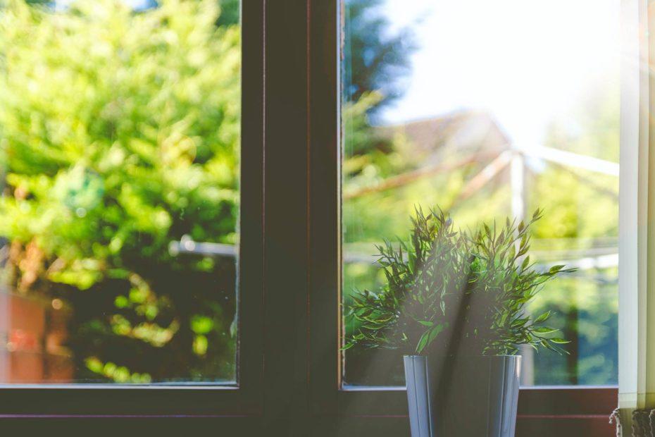 Дорогие и дешевые пластиковые окна: чем отличаются
